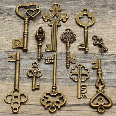 11 Assorted Antique Vintage VTG Old Look Skeleton Keys Bronze Steampunk Pendants