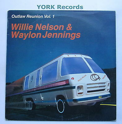WILLIE NELSON & WAYLON JENNINGS - Outl;aw Reunion Vol 1 - Ex Con LP Record