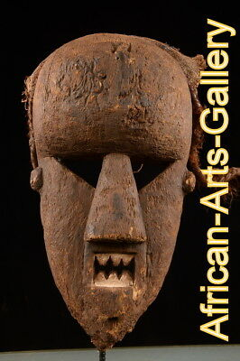 51318 Old Mask / Mask The salampusu, Cameroon, Africa