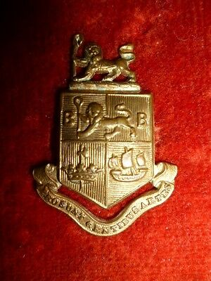 Scarce 12th (Bermondsey) Battalion East Surrey Regiment Collar Badge c. 1915-17
