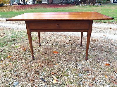 Large New England Scrubbed Pine & Maple Antique Tavern Table Circa 1780-1800