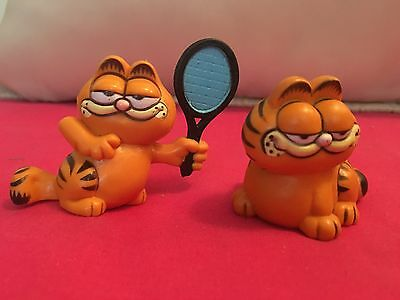 2 Vintage GARFIELD THE CAT Figurines 1981