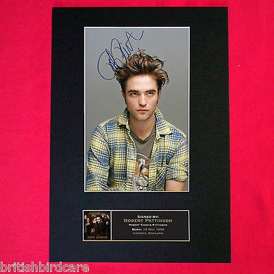ROBERT PATTINSON NEW MOON Mounted Signed Photo Repro Autograph Print A4 27