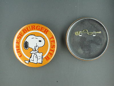 Snoopy cheesburger tester  vintage button  pin peanuts