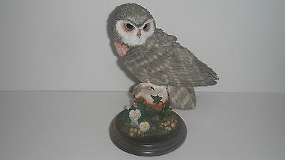 LARGE COUNTRY ARTISTS LITTLE OWL FIGURINE no.01114 ISSUED 1998
