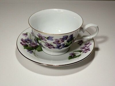1991 Avon February Violet Blossoms Of The Month Cup And Saucer Mint