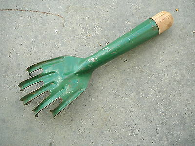 Vintage Green Steel & Wood Hand Garden Cultivator Tool - Five Claws Tines  Vg