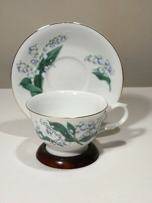 Avon May Lily Of The Valley Blossoms Of The Month Cup And Saucer 1991 Mint