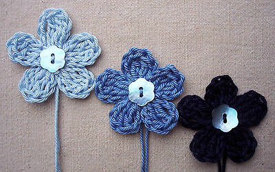 x6 Crochet Flowers appliques BROWNS Mother Pearl button Embellishments Toppers