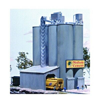 Walthers Cornerstone 933-3218 N Scale Medusa Cement Company Kit