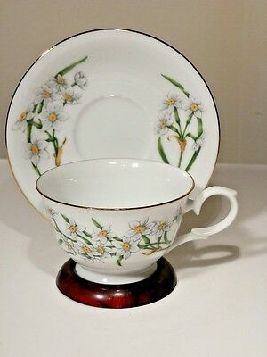 Avon December Narcissus Blossoms Of The Month Cup And Saucer 1991 Mint