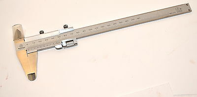 New MITUTOYO Japan 532-102 VERNIER CALIPER 0-180MM Grad. 0.02MM Item WL7.1.7