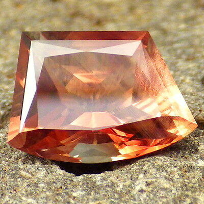 ORANGE RED SCHILLER OREGON SUNSTONE 3.42Ct FLAWLESS-FOR BEAUTIFUL JEWELRY-RARE!