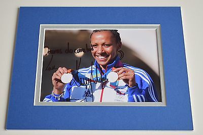 Dame Kelly Holmes Signed Autograph 10x8 photo display Olympics Double Gold & COA