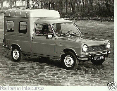Simca 1100 Van With Side Windows French Press Photograph