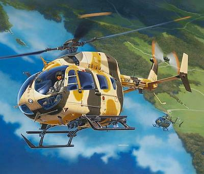 Revell UH-72A LAKOTA (personnel and material transport) 1:32 Revell 04927  X