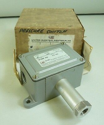 United Electric Controls Co. Model 358 Type J6 Pressure Switch NEW in Box
