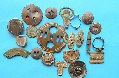 Lot of living things 19 - 20 century harness buckles