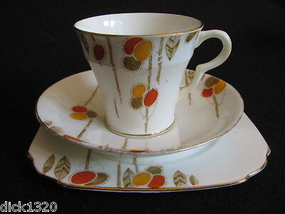 ART DECO TAYLOR & KENT HAND-PAINTED #7087 (6086)  CUP/SAUCER/PLATE TRIO 1930's