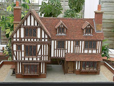 1:24th Scale OLD VILLAGE Miniature Weathered Roof Tiles