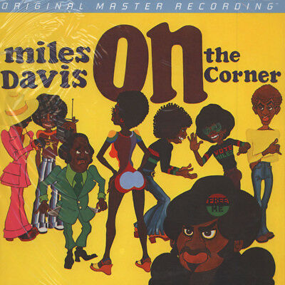 Miles Davis - On The Corner (Vinyl LP - 1972 - US - Reissue)