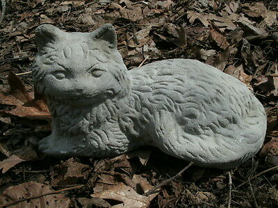 "Vintage Cement 10"" Lying Cat Garden Classic Statue Weathered Concrete Doorstop"