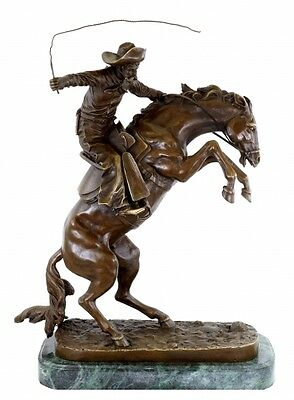 Western Cowboy Bronzefigur - The Bronco Buster - signiert Frederic Remington