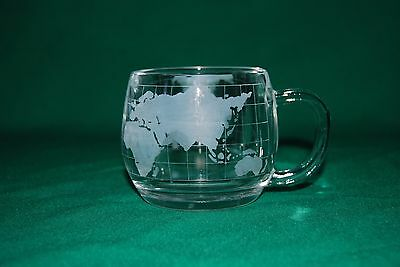 Glass Nestle Cups with World Grid Wrapped Around Cup Excellent Condition