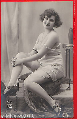 Glamour, Risqué nudes, Erotic French card. 1920's.b