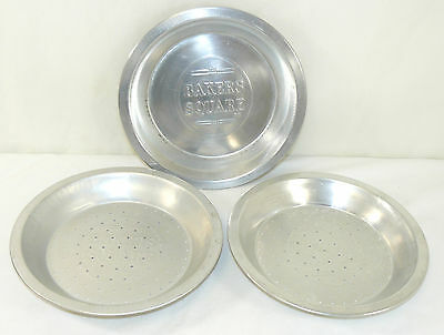 "3 Vintage Bakers Square 9"" Aluminum Pie Plates Tins Perforated & Solid Bakeware"