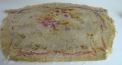 Beautiful Antique Faded Aubusson Floral Tapestry Piece Ss36
