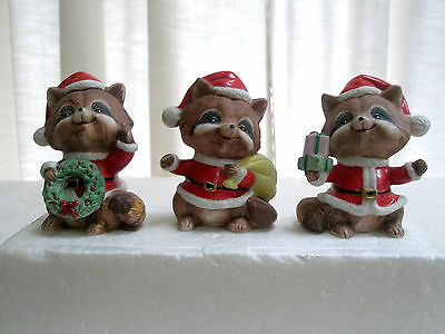 Adorable Set 3 Bisque Christmas Santa Raccon Figurines Caps Wreath Gift Sack  HO