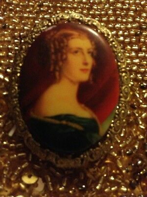 Hand Painted Besutiful Lady Very Old Made In Italy Exquisite