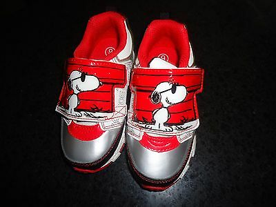 Charlie Brown Peanuts Snoopy Joe Cool Baby Toddler Boy Light Up Strap Shoes New