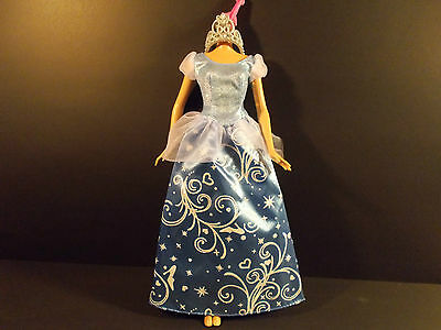 Barbie Princess Cinderella Beautiful Blue Gown & Silver Tiara B3017