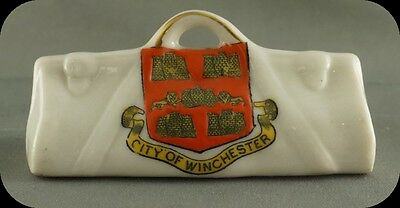 Vintage Crestware  City of Winchester Travel Bag Figurine Arcadian Crest Ware