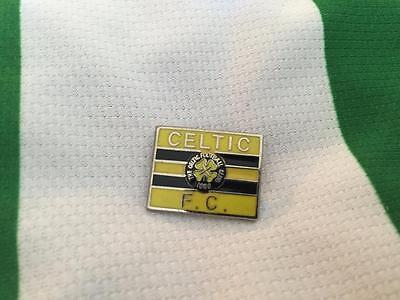 Celtic Fc Enamel Pin Badge - Celtic Fc Bumble Bee Badge