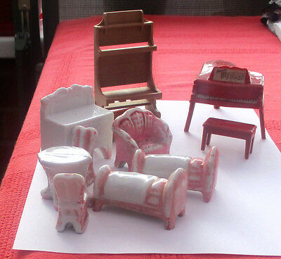Job Lot / Collection of Vintage Dolls House Furniture.