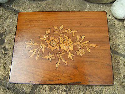 Lovely 19C Figured Walnut Antique Inlaid Jewellery Box - Fab Interior
