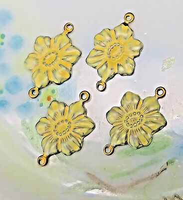 #964B Vintage brass Flower Connectors Antique Victorian Findings Stamping NOS