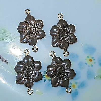 #964G Vintage brass Flower Connectors Antique Victorian Findings Stamping NOS