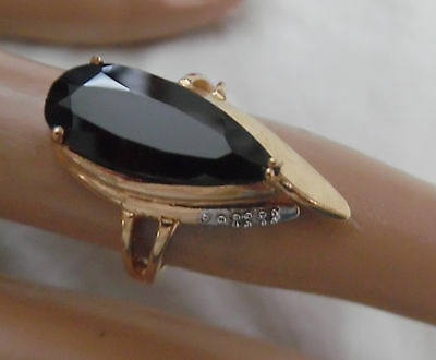 Vintage 10Kt Faceted Black Onyx Stone Ring Size 7 Diamond Accent On Side