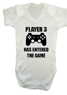 BABY PLAYER 3 HAS ENTERED THE GAME BABY VEST,BABYGROW,ROMPER,GIFT,Bodysuit