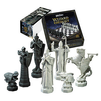 Official Harry Potter Collectable Wizards Chess Set with Board - Boxed Noble New