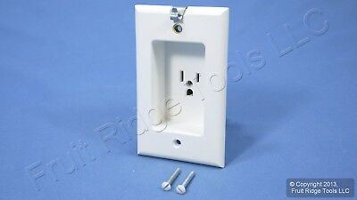 Leviton White Clock Hanger Recessed Outlet Receptacle 15A NEMA 5-15R 688-W-R42