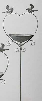 G2132: Rustic Bird bath to stick in the ground, Antique Heart-shaped, Iron