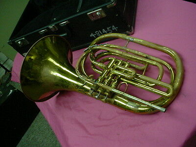 KING  1122  Key Of  Bb  Brass USA Marching French Horn & Case #640308 No Res #3
