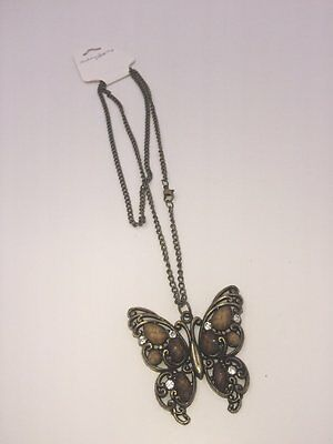 Necklace Butterfly Crystal Rhinestone (Eazy for matching with your clothes)