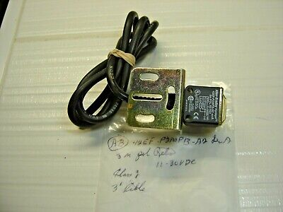 Allen Bradley 42Ef-P2Mpb-A2 Photoswitch  3 M Pol Retro 11-30 Vdc3 Ft Cable / Bra