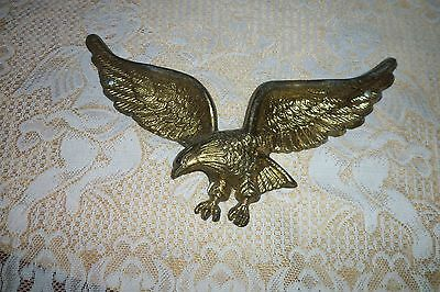 Old Vtg Collectible Eagle Bird Home Decorative Wall Hanging Animal Cast .